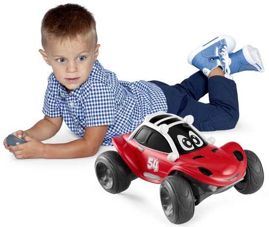 Comment choisir une voiture télécommandée enfant